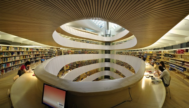 Calatrava Library at Institutie of Law - Zurich University