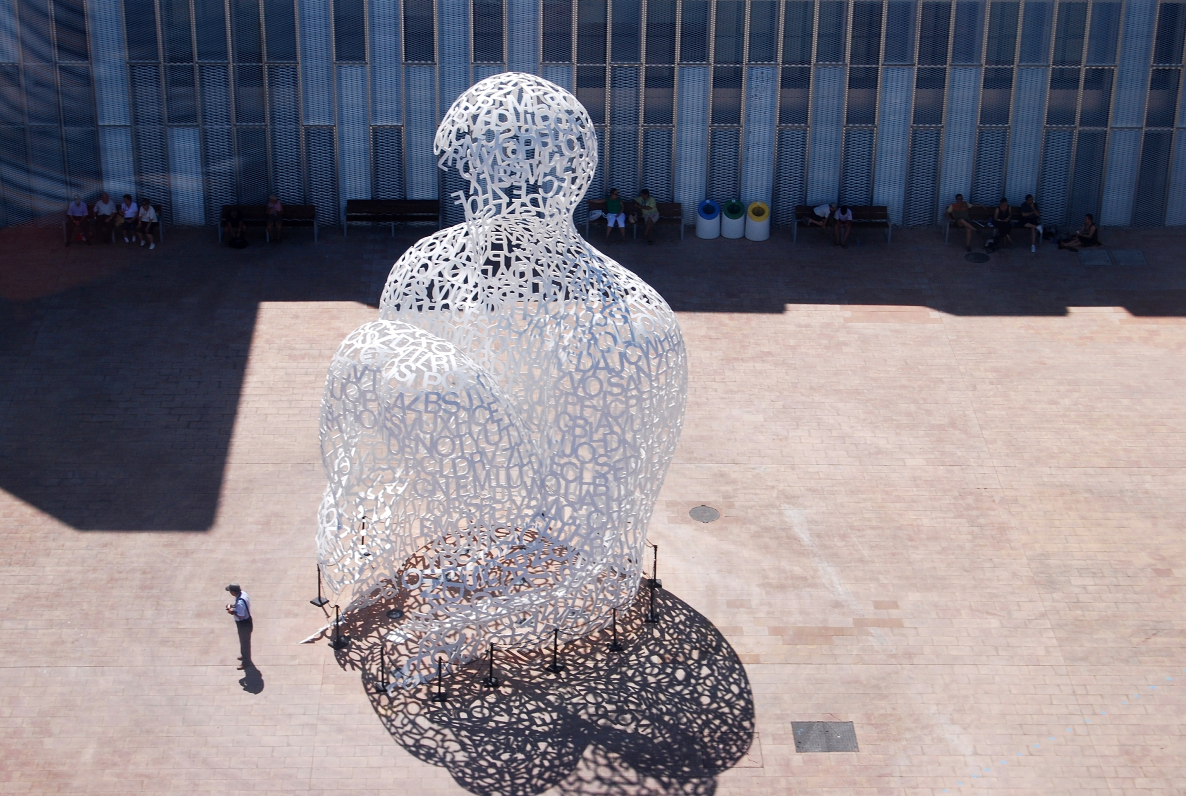 Oeuvre d'art de Jaume Plensa, photographiée par Carthesian